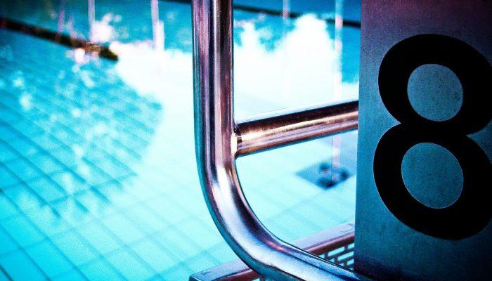 מקפצה בבריכה אולימפית